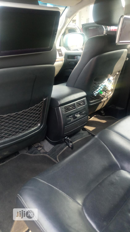 Archive: Toyota Land Cruiser 2018 Black
