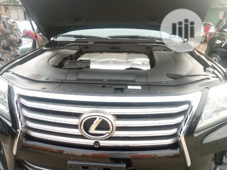 Archive: Lexus LX 2013 570 Base Black