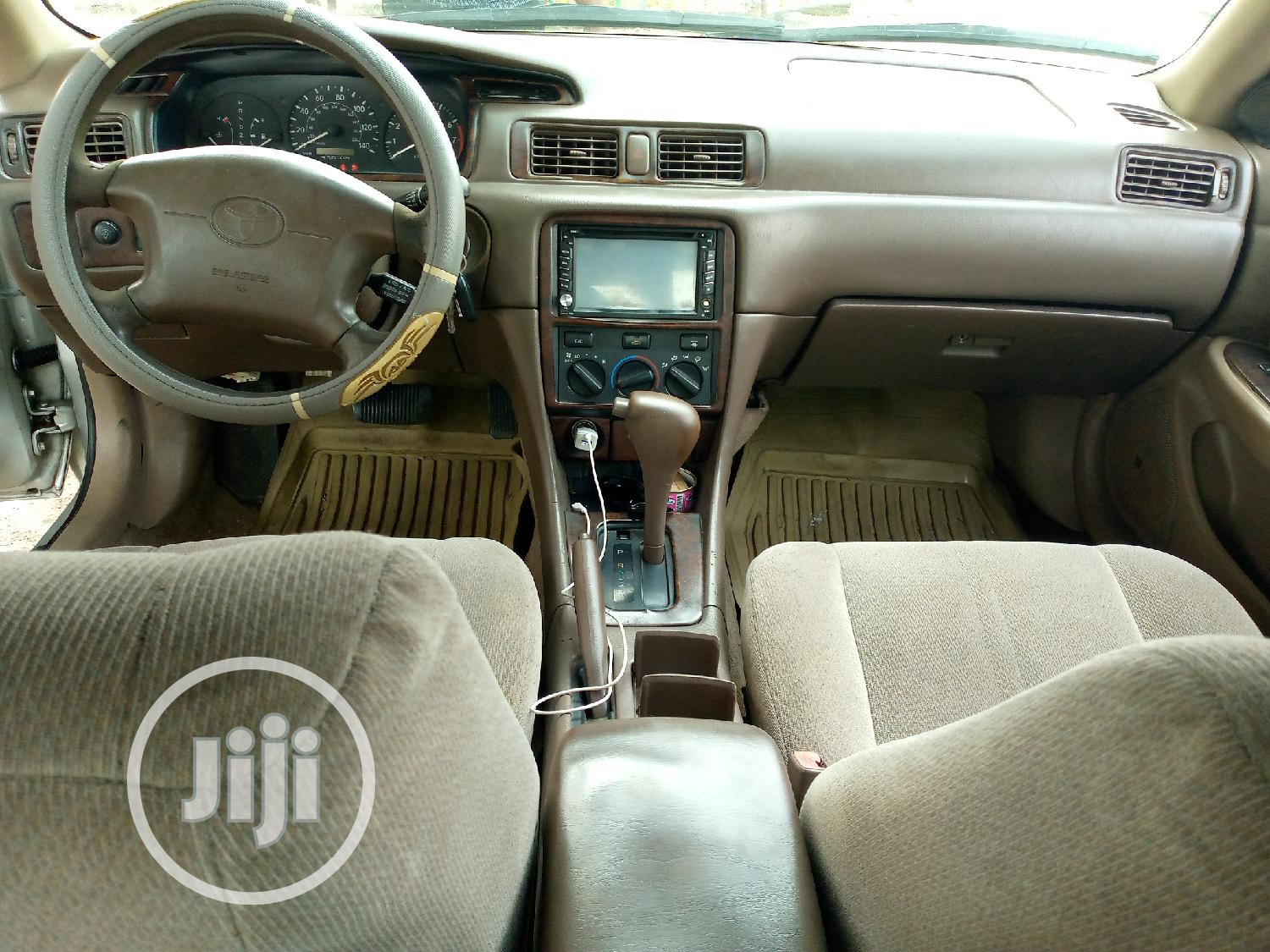 Archive: Toyota Camry 2002 Silver
