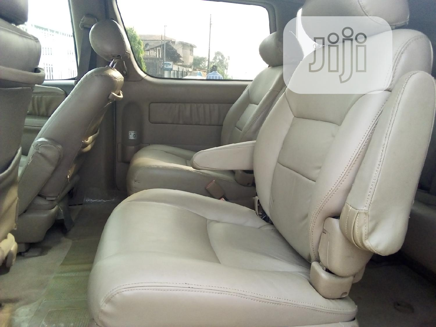 Toyota Sienna 2003 Gold | Cars for sale in Ikeja, Lagos State, Nigeria