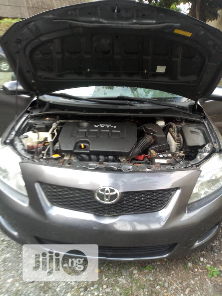 Archive: Toyota Corolla 2010 Gray