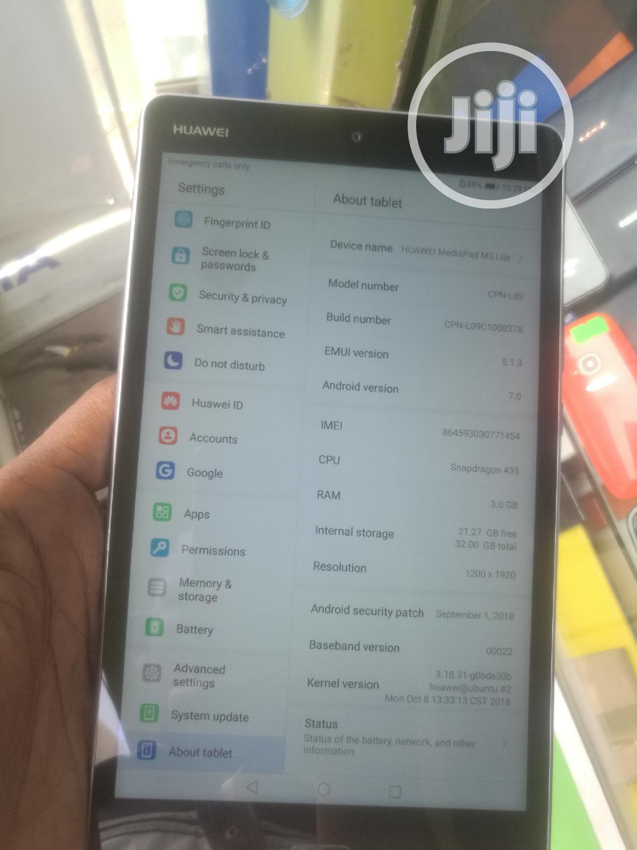 Archive: Huawei MediaPad M3 Lite 8 32 GB Gray