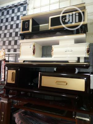 Size 4ft Tv Stand | Furniture for sale in Lagos State, Ojo