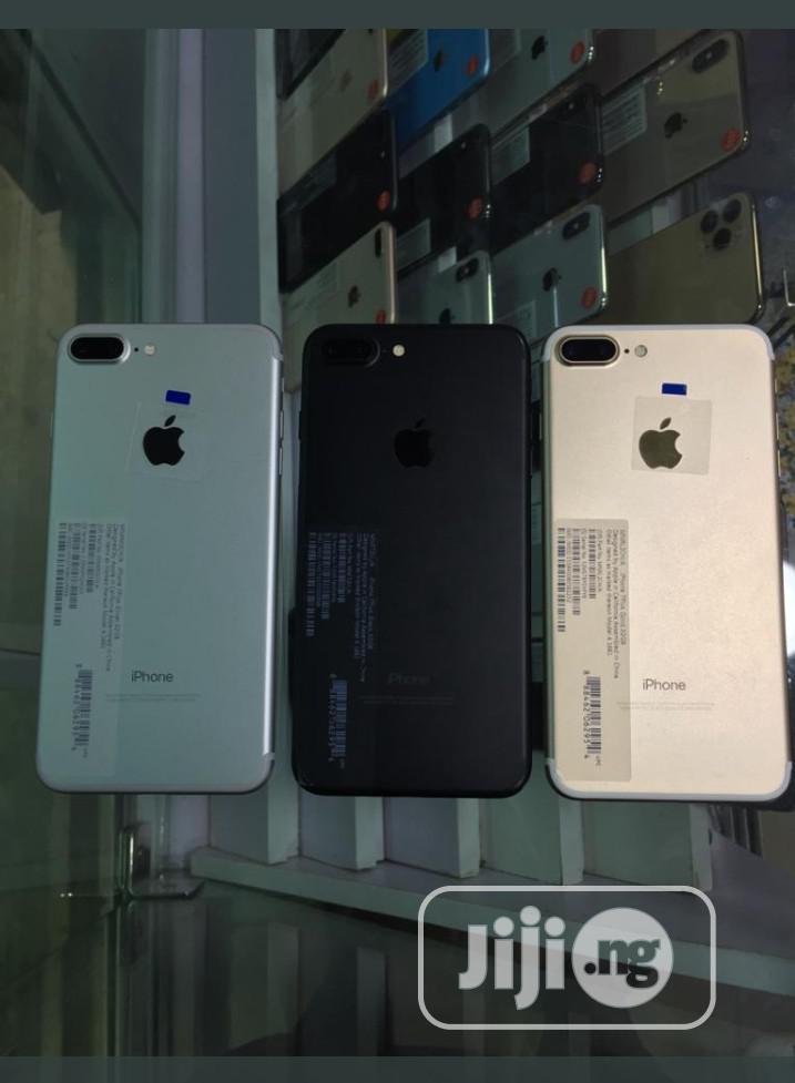 Archive: Apple iPhone 7 Plus 128 GB Black
