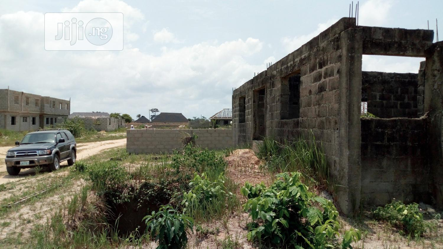 Uncompleted Building for Sale   Houses & Apartments For Sale for sale in Ikorodu, Lagos State, Nigeria