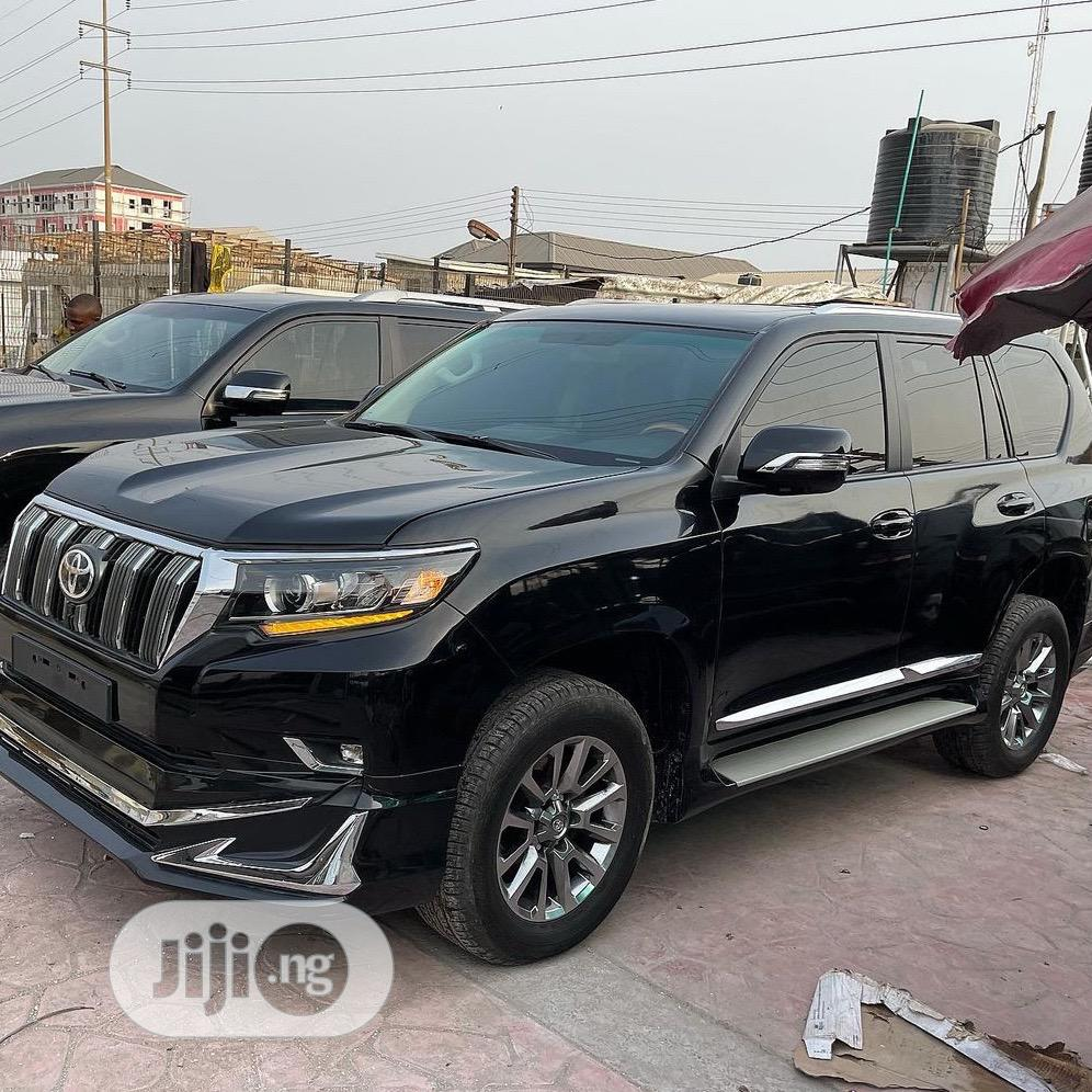 Toyota Land Cruiser Prado 2016 VX Black