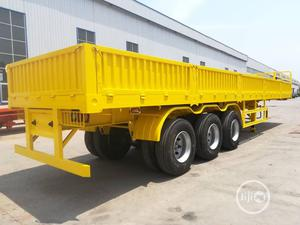 Low Bed Trailer With 3 Axles | Trucks & Trailers for sale in Lagos State, Ikoyi