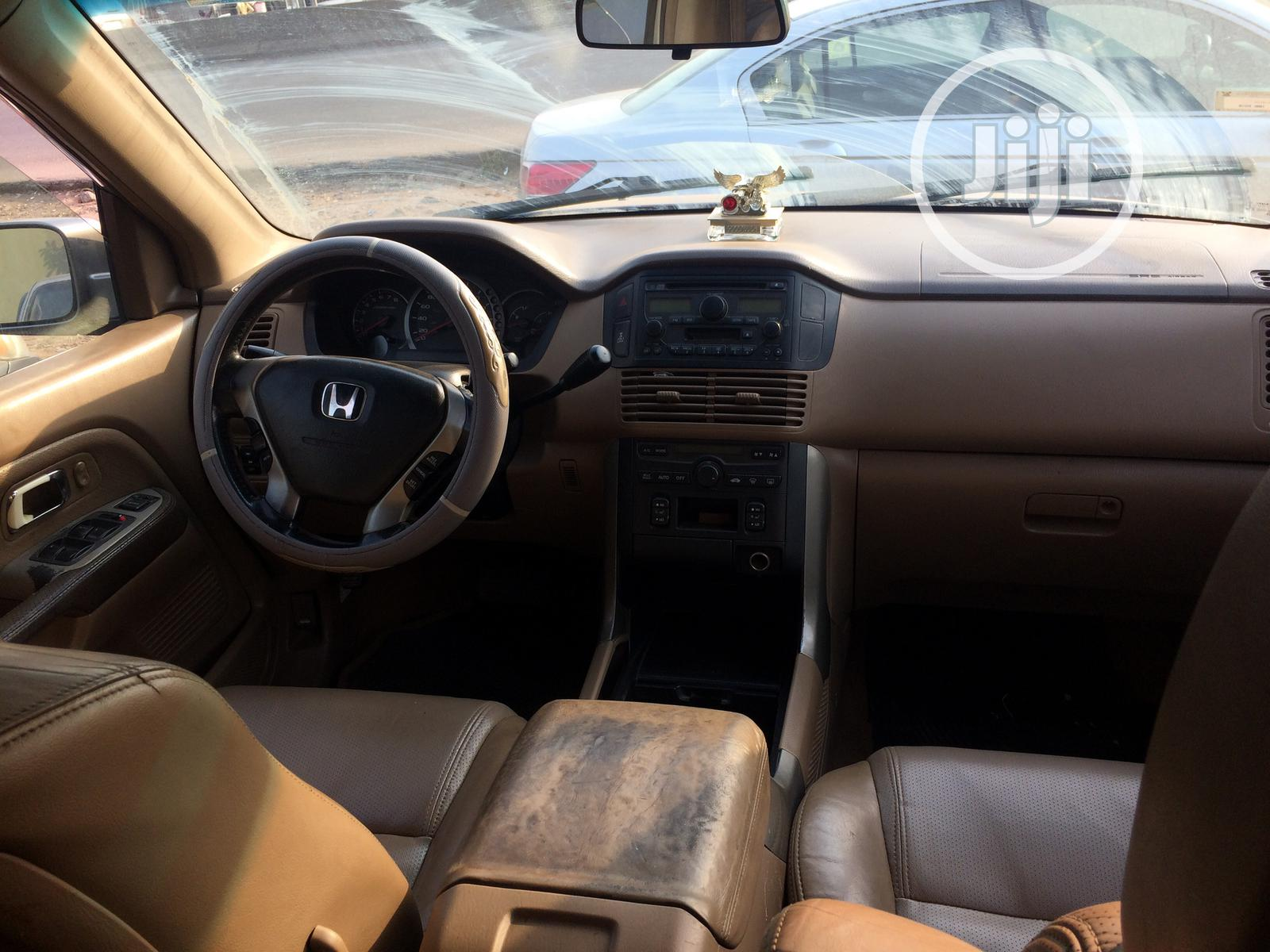 Honda Pilot 2005 Gray   Cars for sale in Abule Egba, Lagos State, Nigeria