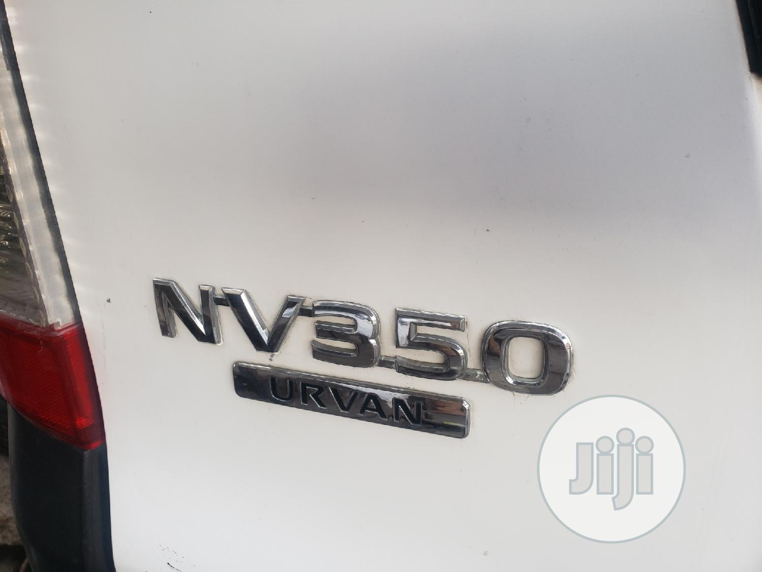 Nissan Nv350 Foreign Used | Buses & Microbuses for sale in Surulere, Lagos State, Nigeria