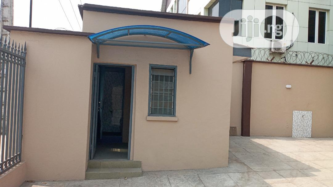 5 Bedroom Office Apartment for Lease on Acme Road Ogba