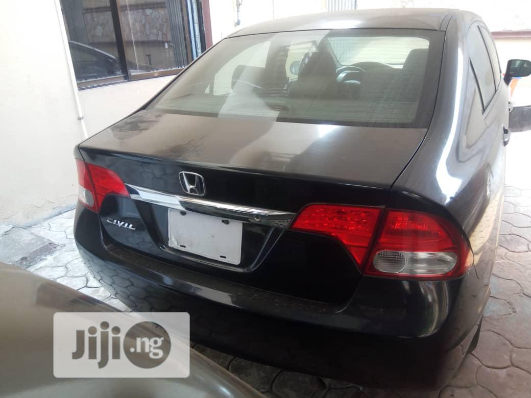Archive: Honda Civic 2010 1.4 3 Door Automatic Black
