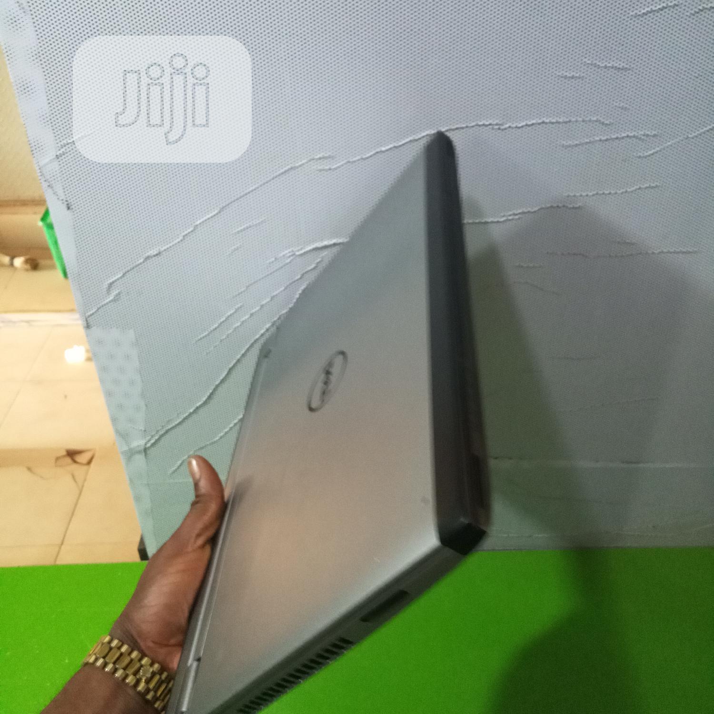 Archive: Laptop Dell Latitude 14 4GB Intel Core I3 SSHD (Hybrid) 320GB