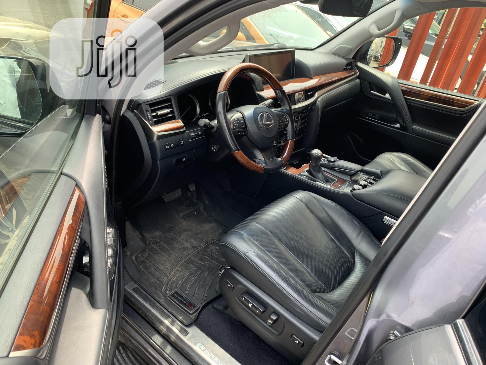 Archive: Lexus LX 2016 570 Base Gray