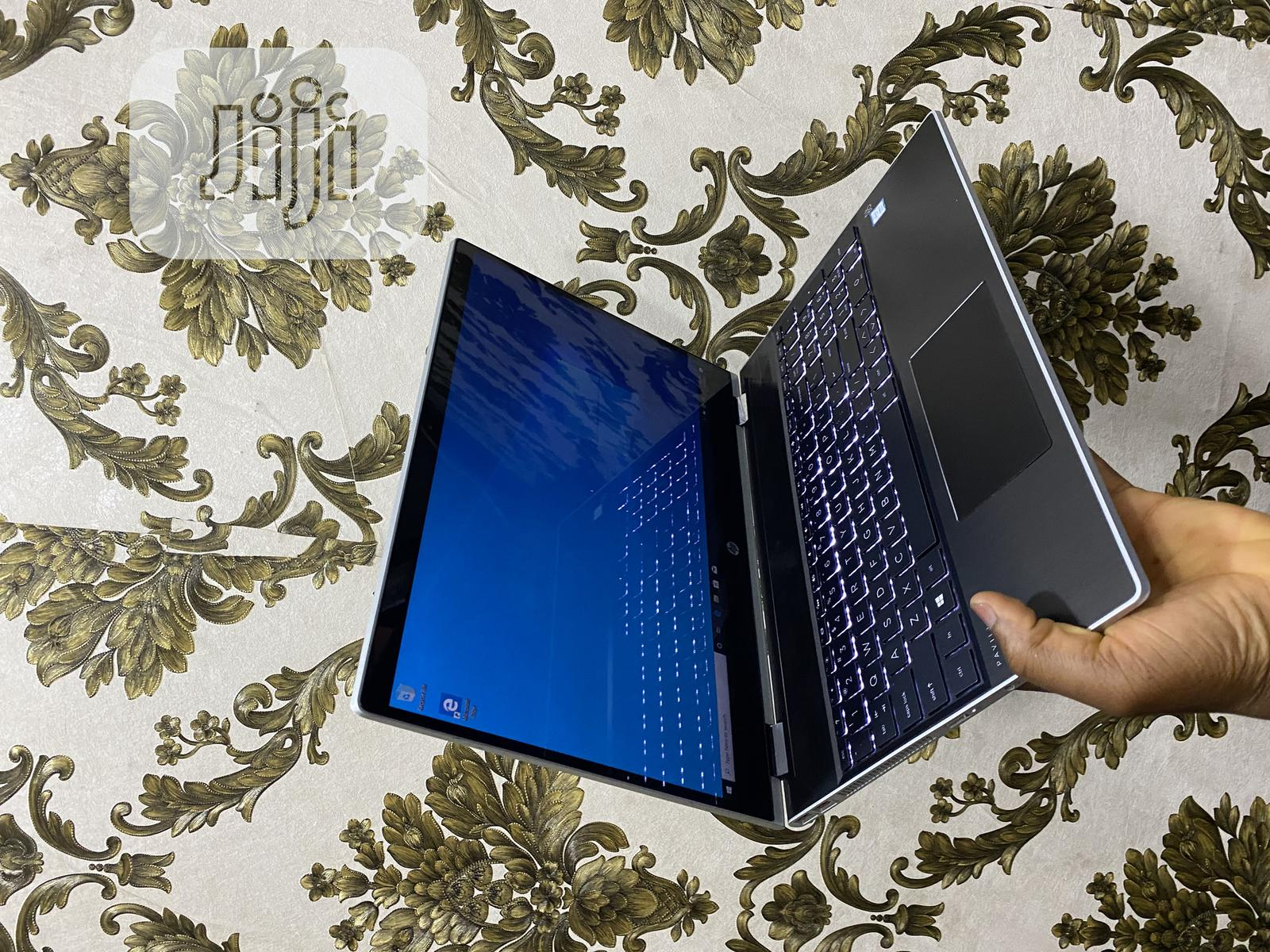 Laptop HP Pavilion 15 4GB Intel Core I3 HDD 1T