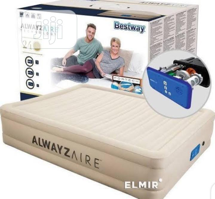 Bestway Alwayzaire an Inflatable Mattress With Inbuilt Pump | Furniture for sale in Oshodi, Lagos State, Nigeria