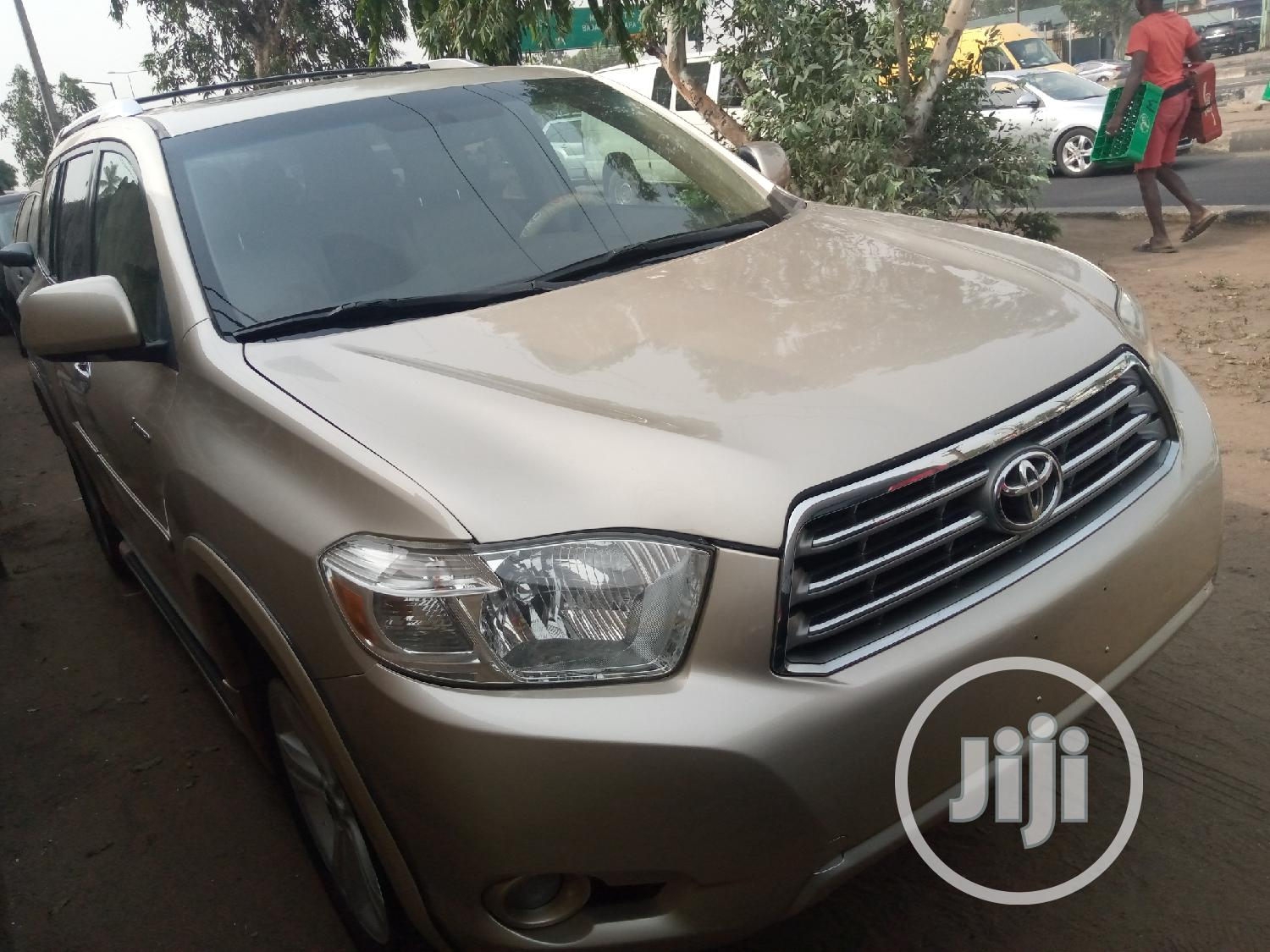 Toyota Highlander 2010 Gold | Cars for sale in Maryland, Lagos State, Nigeria