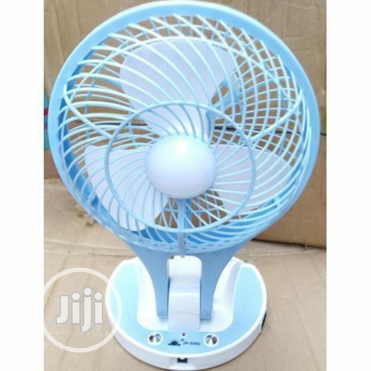Archive: Mini Rechargeable Fan