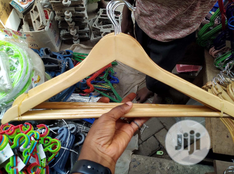 Wooden Coat Hanger (10pcs)