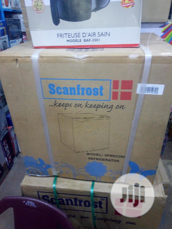 Scanfrost Refrigerator