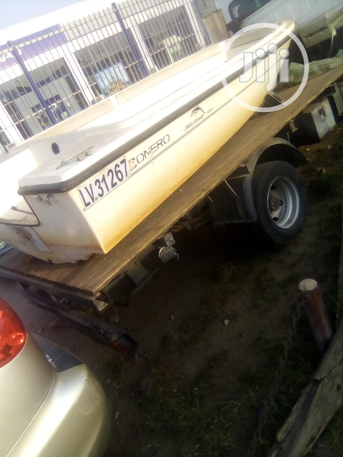 Flaying Boat With Engine for Sale