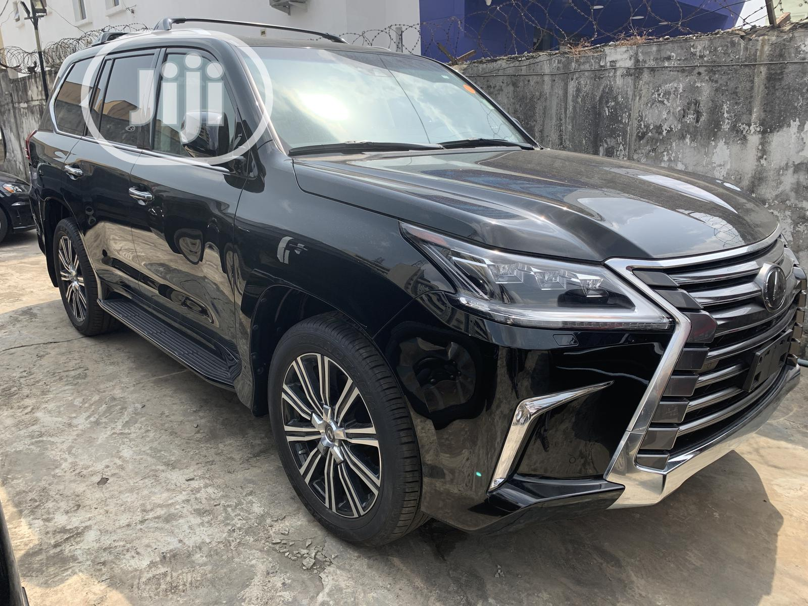New Lexus LX 2019 570 Three-Row Black
