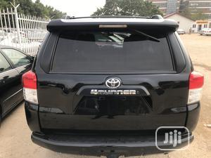 Toyota 4-Runner 2012 Black   Cars for sale in Abuja (FCT) State, Garki 2