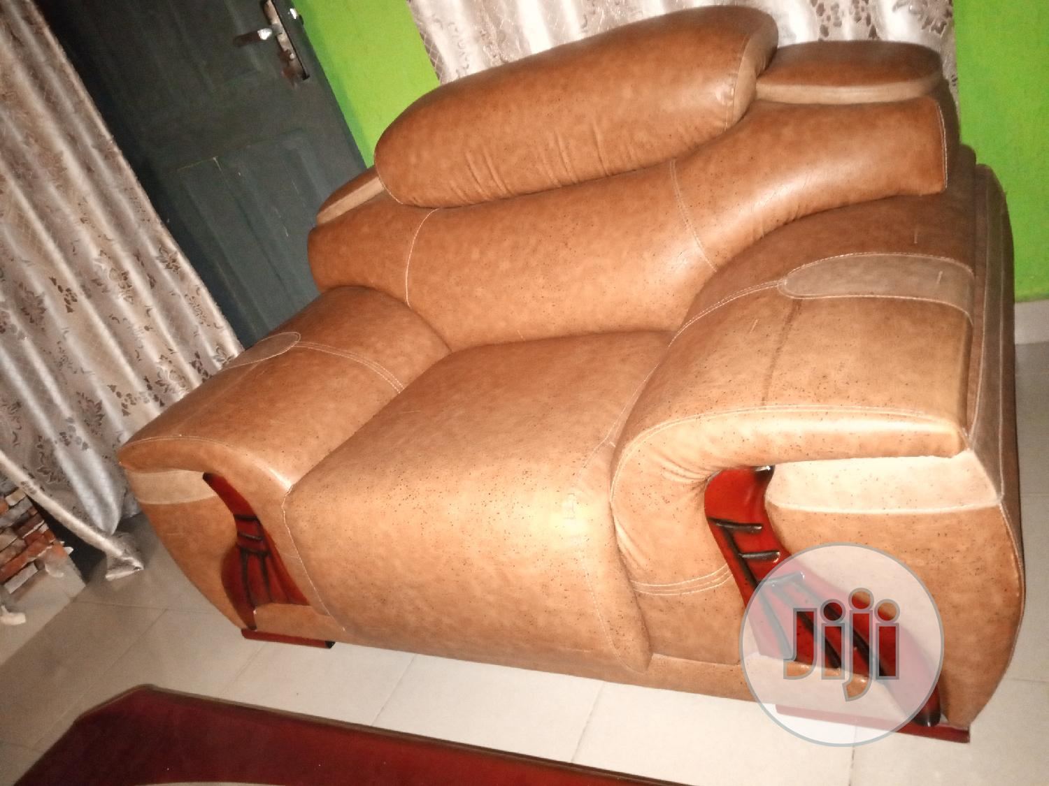 Used 5 Seater Chairs   Furniture for sale in Ojo, Lagos State, Nigeria