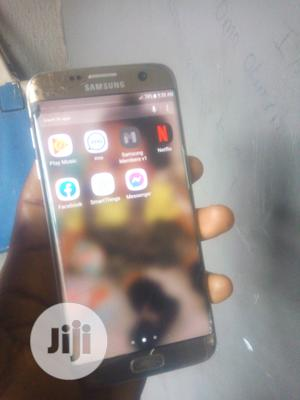 Samsung Galaxy S7 edge 32 GB Gold   Mobile Phones for sale in Lagos State, Shomolu