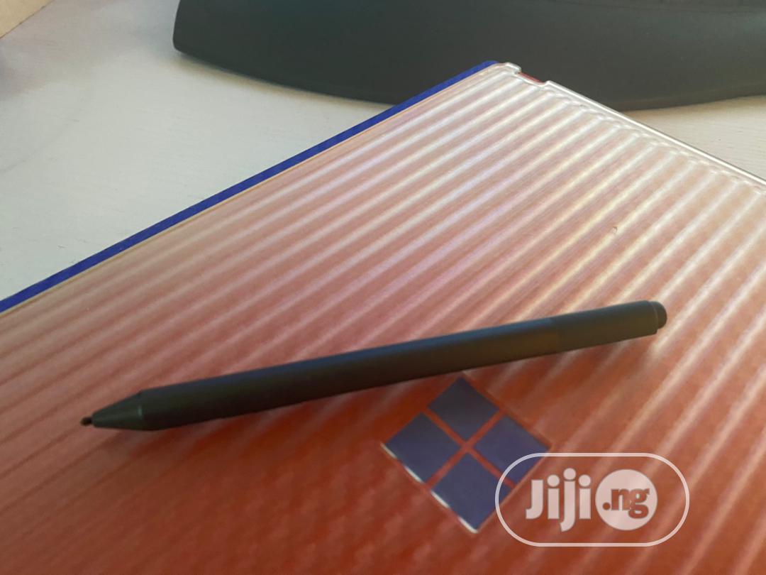 Archive: Laptop Microsoft Surface Book 2 8GB Intel Core I5 SSD 256GB
