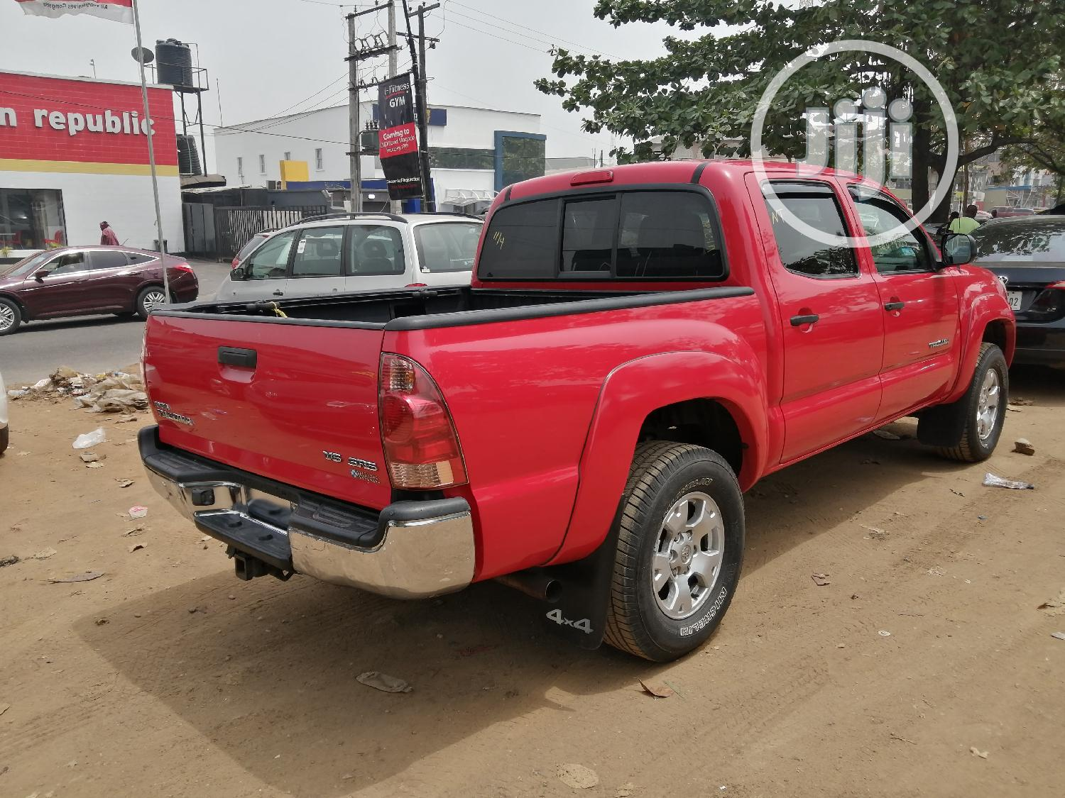 Archive: Toyota Tacoma 2006 PreRunner Access Cab Red