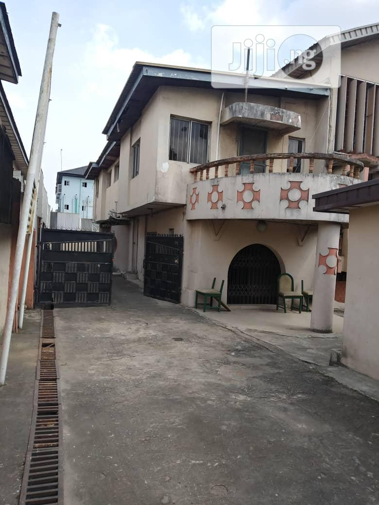 Massive 5 Bedroom Duplex With Penthouse and Shops for Sale