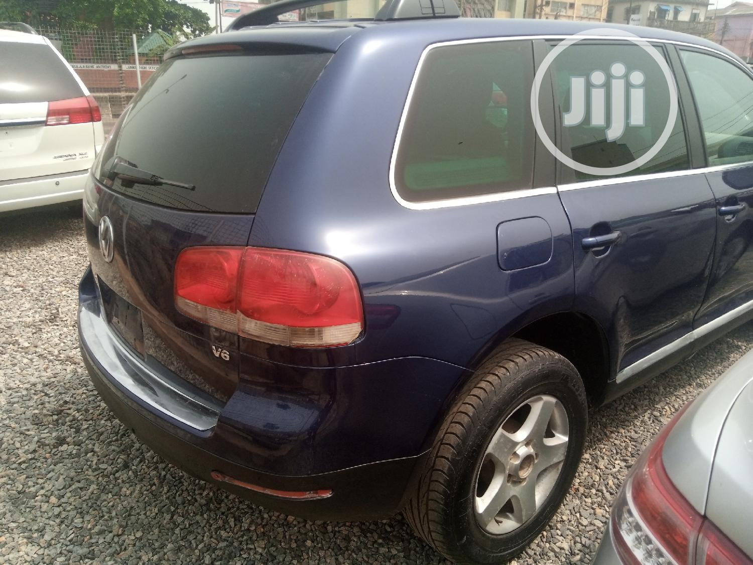 Volkswagen Touareg 2005 3.0 V6 TDI Blue | Cars for sale in Yaba, Lagos State, Nigeria