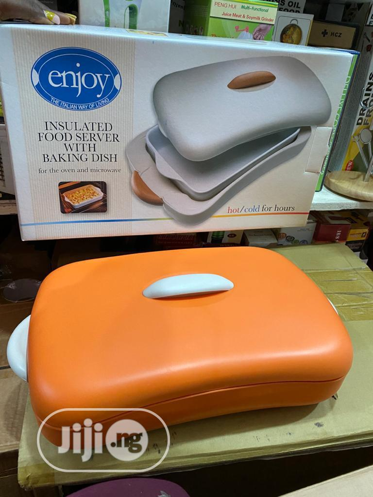 Insulated Dish Server With Baking Dish