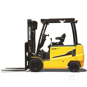 Hyundai Electric Forklift 22/25/30b-9f   Heavy Equipment for sale in Lagos State, Ikeja