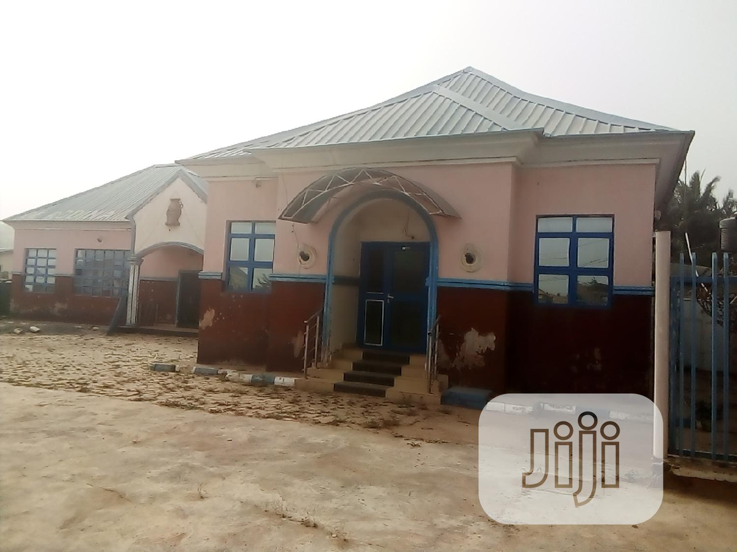 Hotel For Sale | Commercial Property For Sale for sale in Phase 2 / Jikwoyi, Jikwoyi, Nigeria