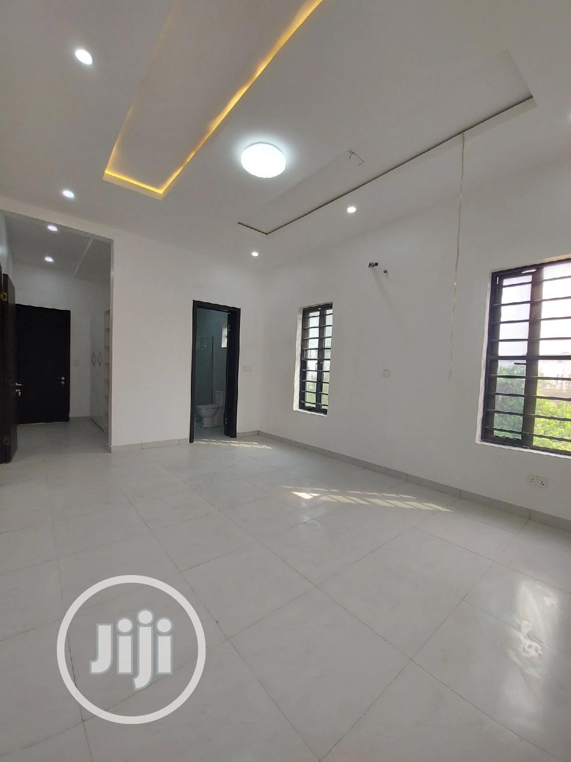 Lovely 5bedrom Fully Detached + Penthouse Ensuite,S. Pool,Bq | Houses & Apartments For Sale for sale in Lekki Phase 1, Lekki, Nigeria