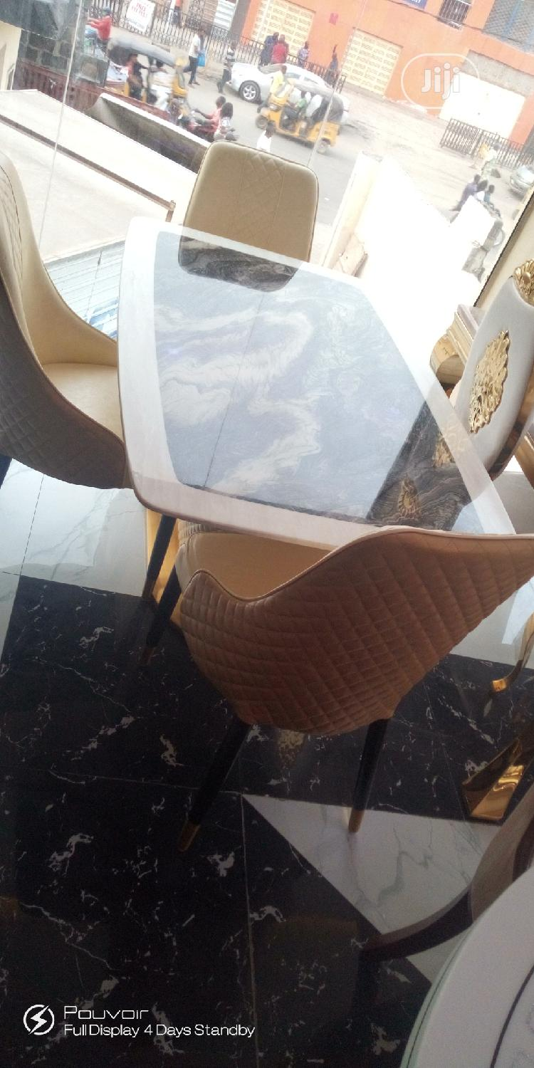 Good Quality Imported Dining Table With Six Chairs