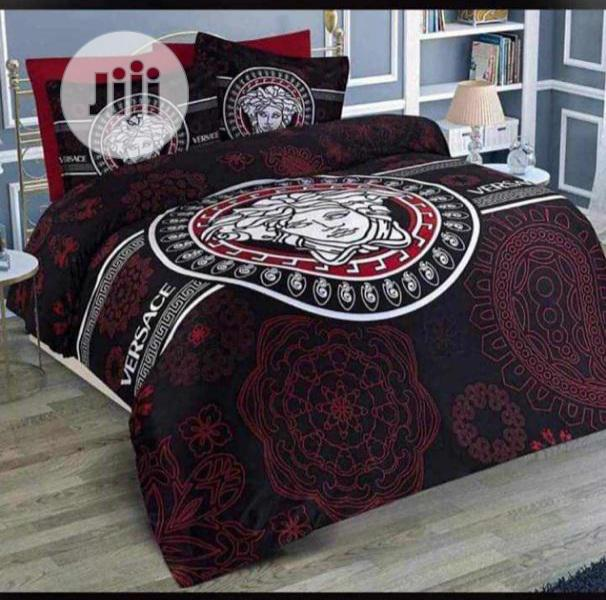 Designer Duvet, Bedsheet With 4 Pillowcases