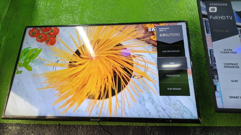 "Archive: Samsung 43"" 4k UHD HDR Smart TV, 2019/20 Edition"
