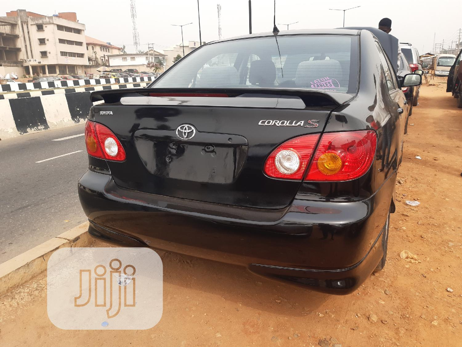 Archive: Toyota Corolla 2003 Sedan Automatic Black
