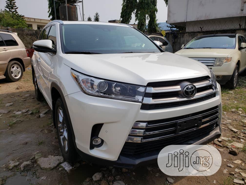 Archive: Toyota Highlander 2020 White