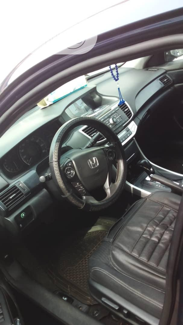Archive: Honda Accord 2014 Blue