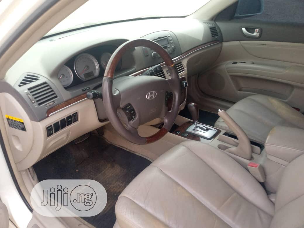 Archive: Hyundai Sonata 2006 White