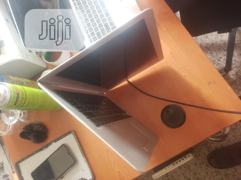 Laptop Apple MacBook Air 2GB Intel Core 2 Duo SSD 60GB | Laptops & Computers for sale in Ikeja, Lagos State, Nigeria
