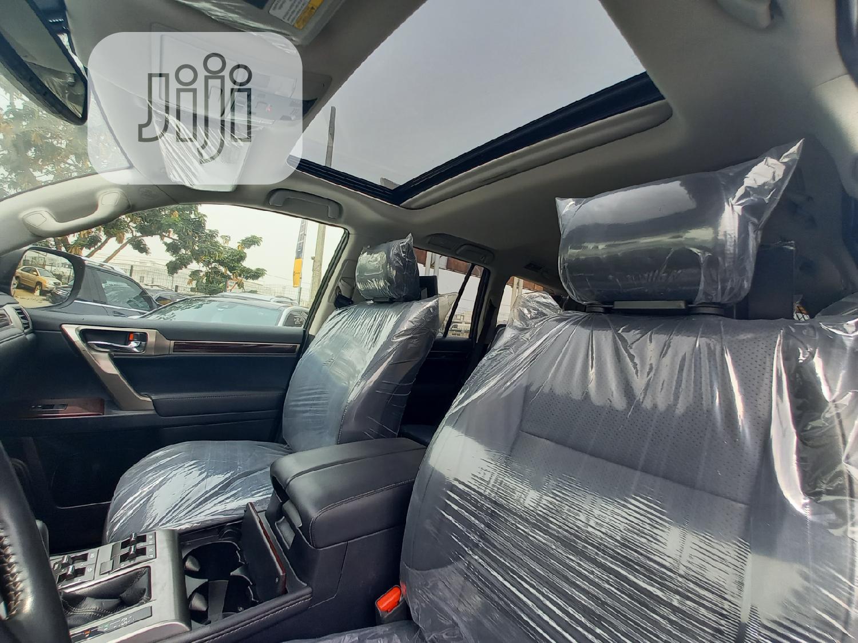 Archive: Lexus GX 2019 Black