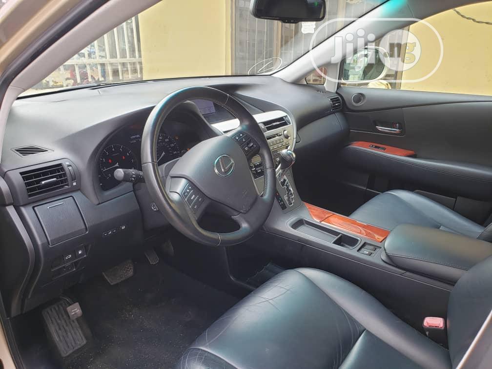 Archive: Lexus RX 2010 Gold