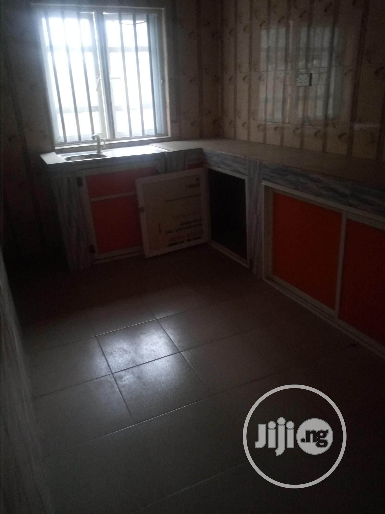 Large 3 Bedroom Flat With All Room Ensuite | Houses & Apartments For Rent for sale in Ago Palace, Isolo, Nigeria