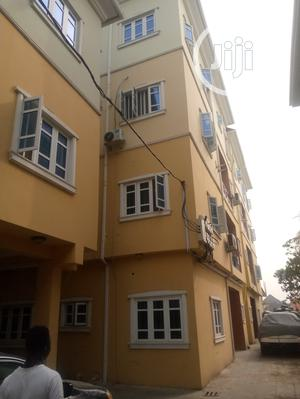 Large 3 Bedroom Flat With All Room Ensuite | Houses & Apartments For Rent for sale in Isolo, Ago Palace