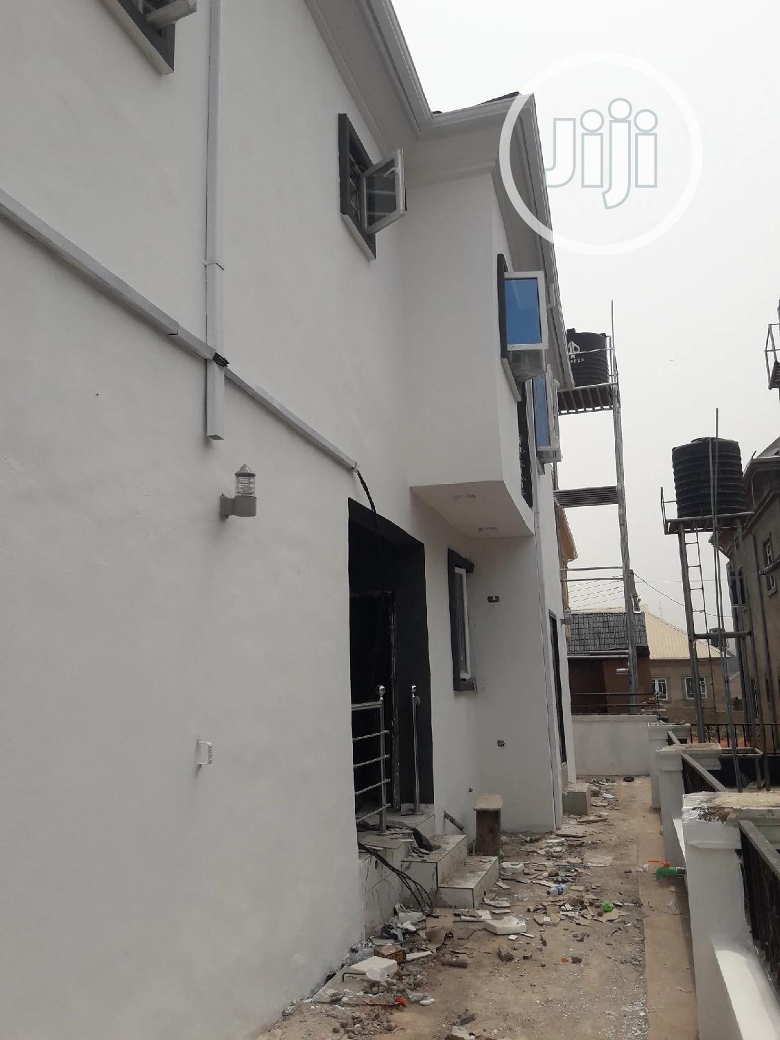 Archive: Standalone Fully Detached Duplex