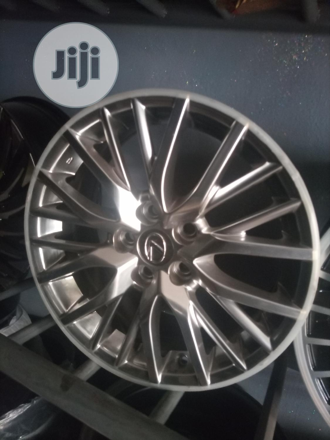 Size 17 Rim for Lexus and Toyota Available